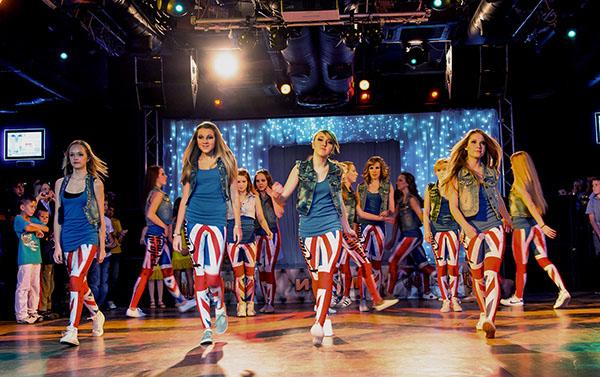 клубные танцы для девушек