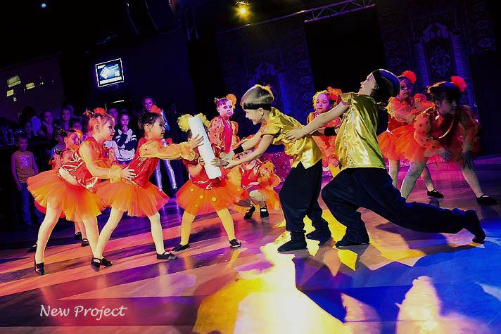 занятия танцами в школе New Project